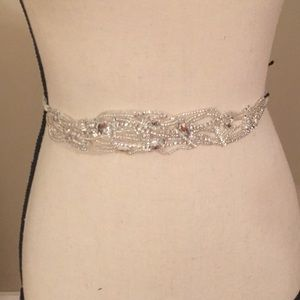 Denya's NWT headpieces belt rhinestone with tie.